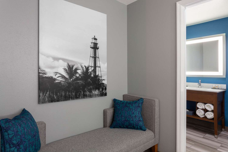 Suite - La Quinta Inn & Suites Sanibel Fort Myers
