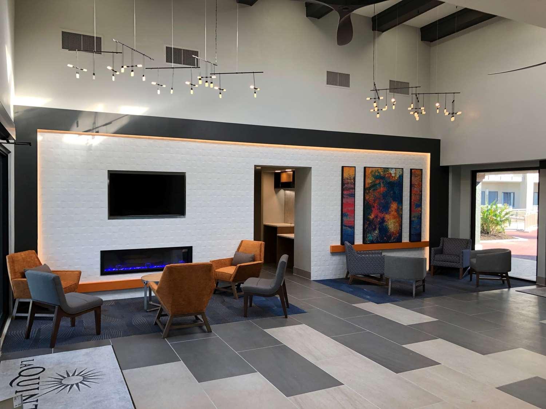 Lobby - La Quinta Inn & Suites Sanibel Fort Myers