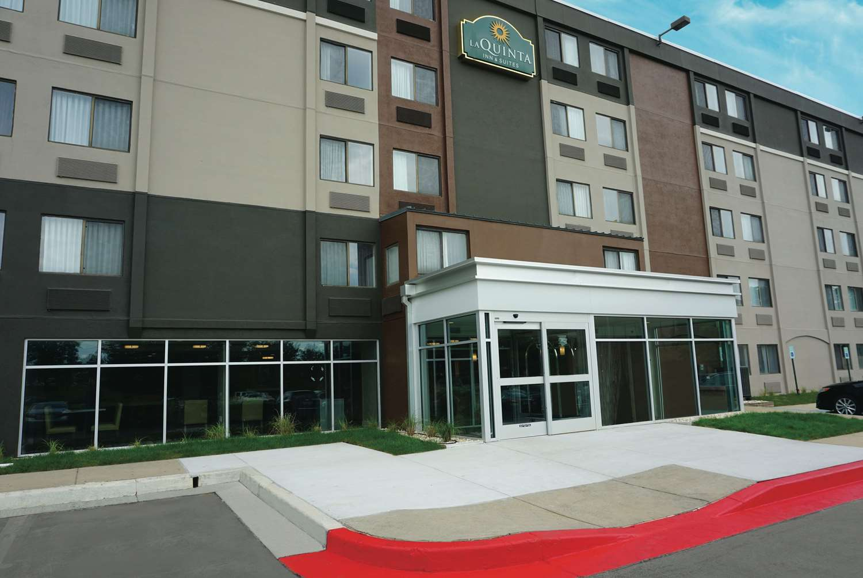 Exterior view - La Quinta Inn & Suites Rosedale