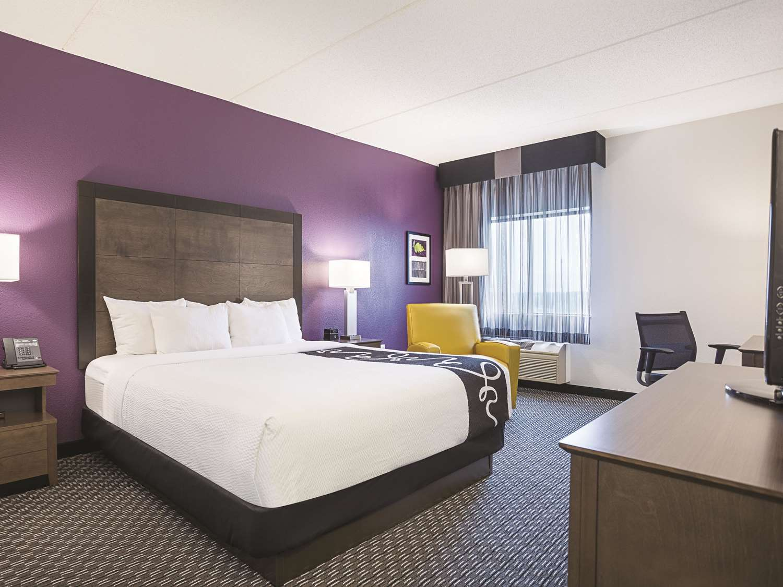 Room - La Quinta Inn & Suites Airport Linthicum