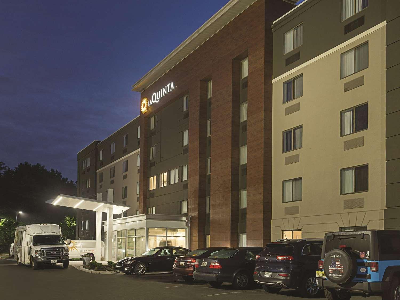Exterior view - La Quinta Inn & Suites Airport Linthicum