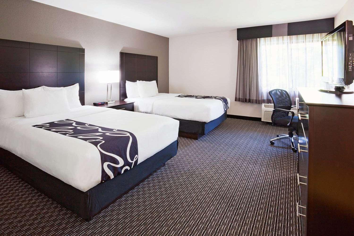 Room - La Quinta Inn Oshkosh