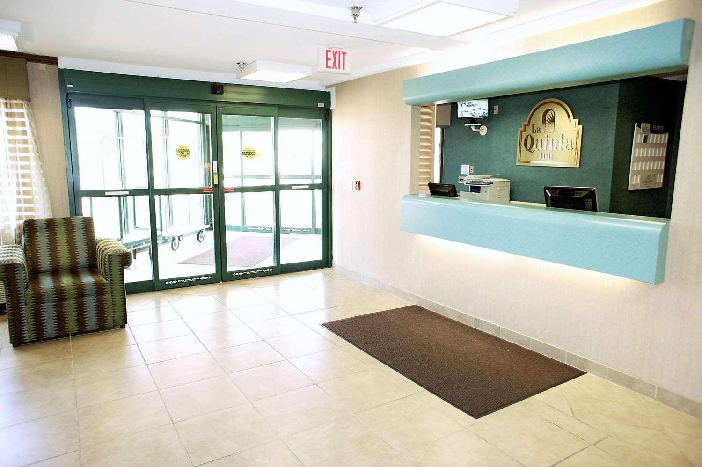 Lobby - La Quinta Inn Wausau