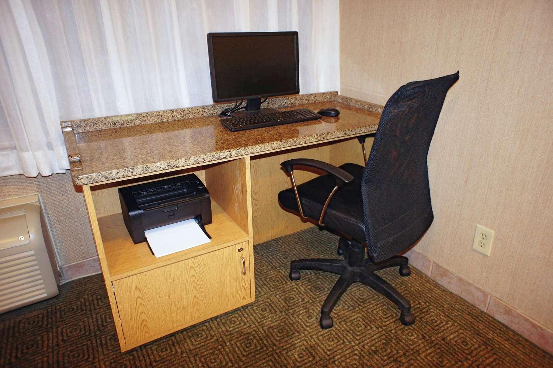 Conference Area - La Quinta Inn Southeast Tampa