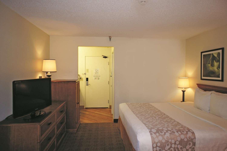 Room - La Quinta Inn Southeast Tampa