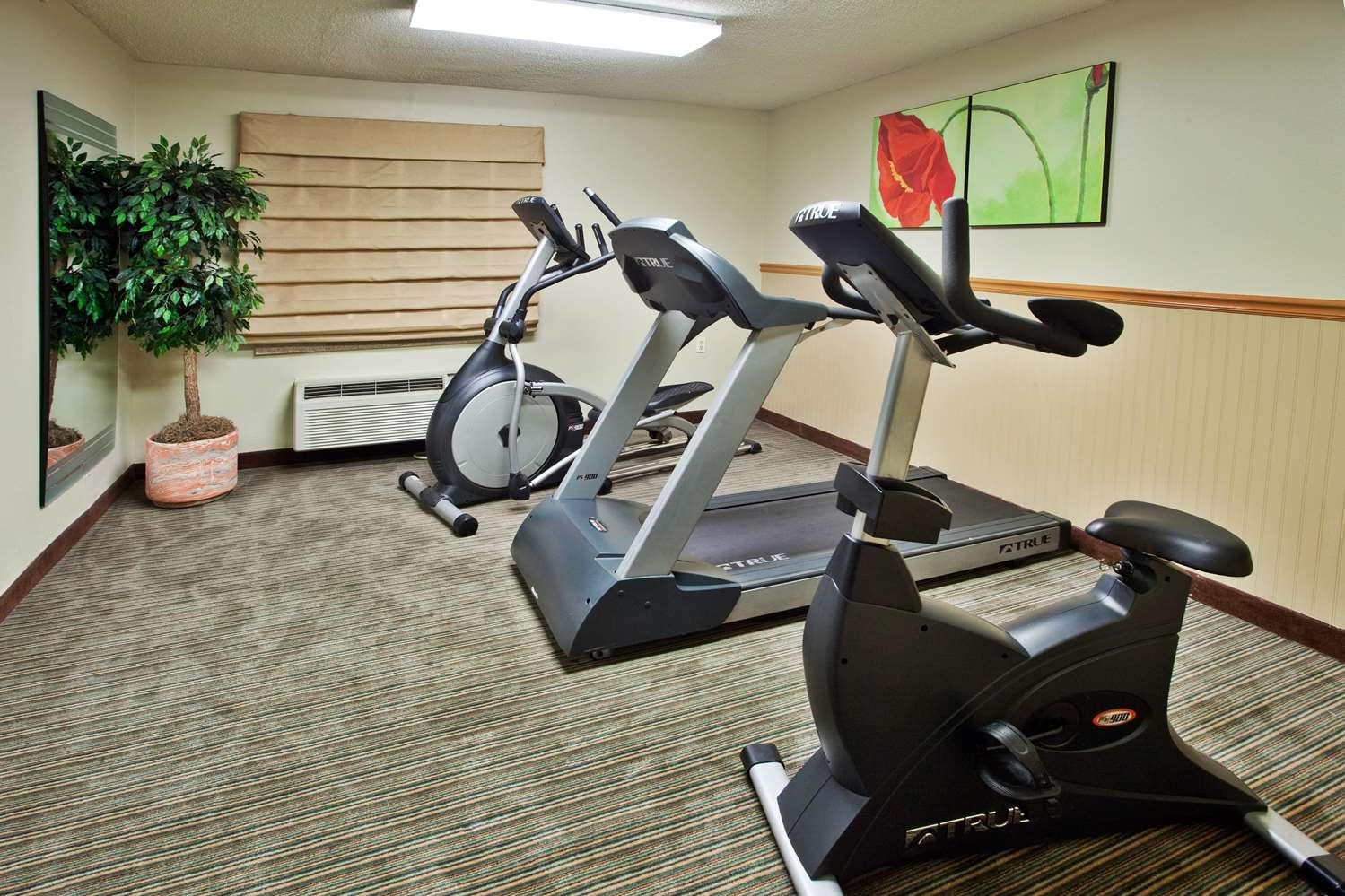 Fitness/ Exercise Room - La Quinta Inn Southside Savannah