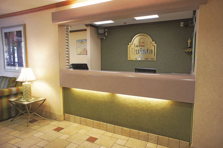 Lobby - La Quinta Inn Bartlett El Paso