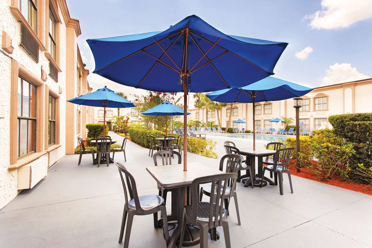 Exterior view - La Quinta Inn International Drive North Orlando