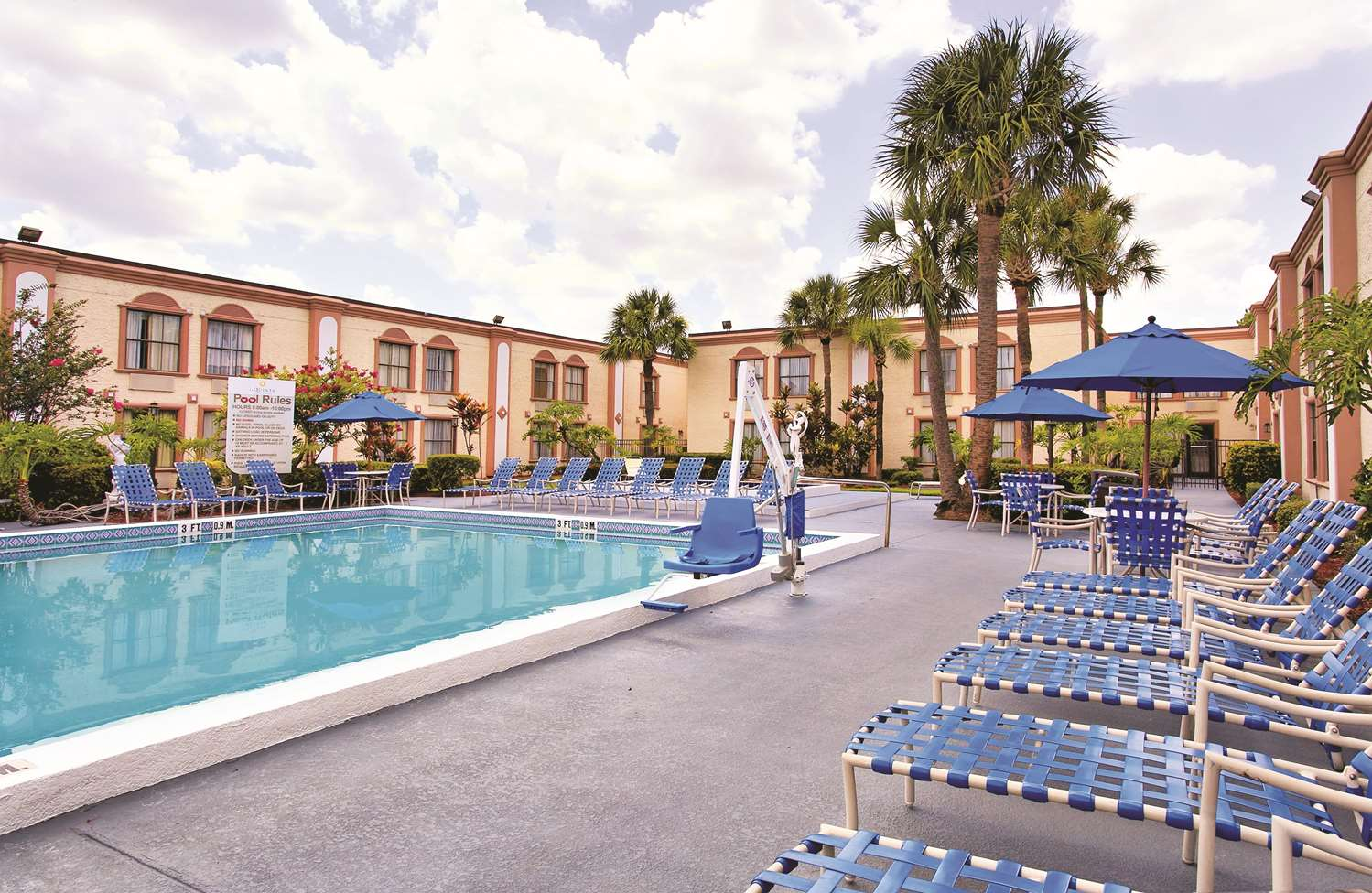 Pool - La Quinta Inn International Drive North Orlando