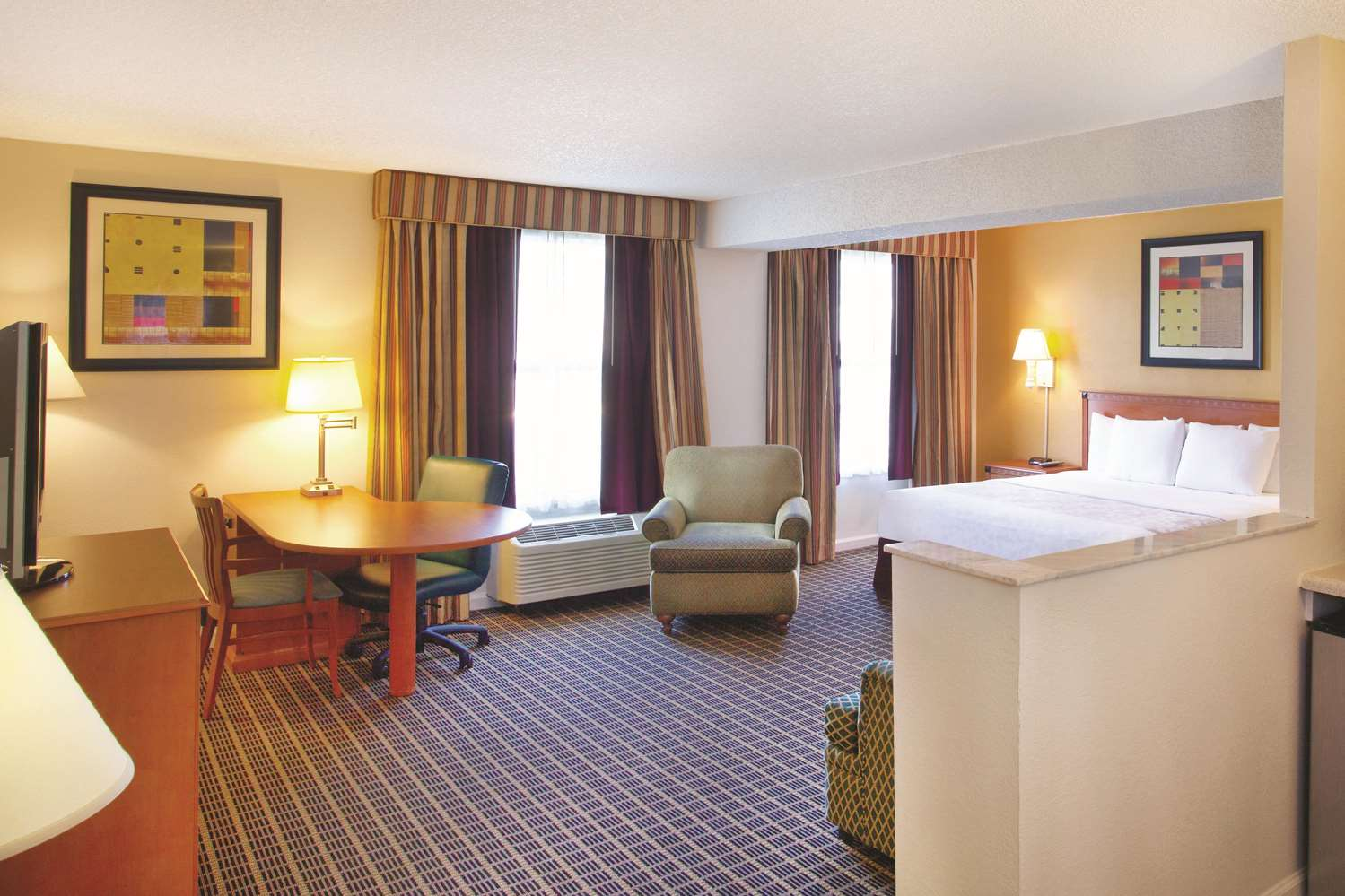 Suite - La Quinta Inn International Drive North Orlando