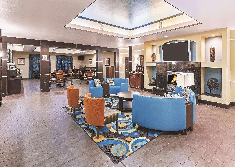Lobby - La Quinta Inn Hobby Airport Houston