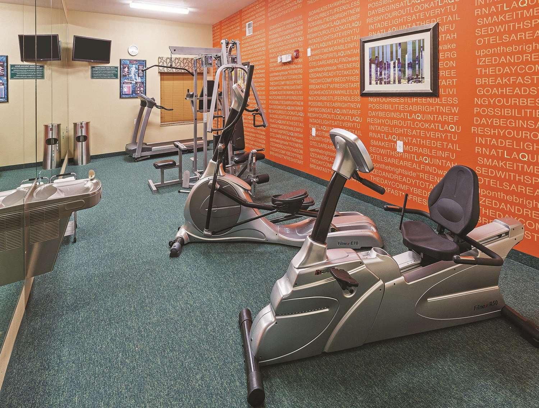 Fitness/ Exercise Room - La Quinta Inn Hobby Airport Houston