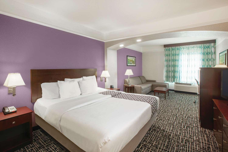 Room - La Quinta Inn Mansfield