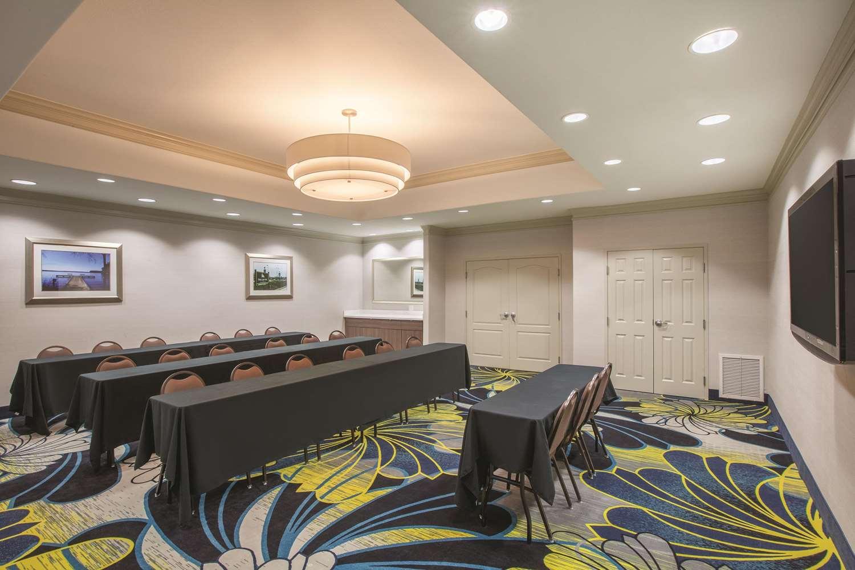 Meeting Facilities - La Quinta Inn & Suites Lake Charles