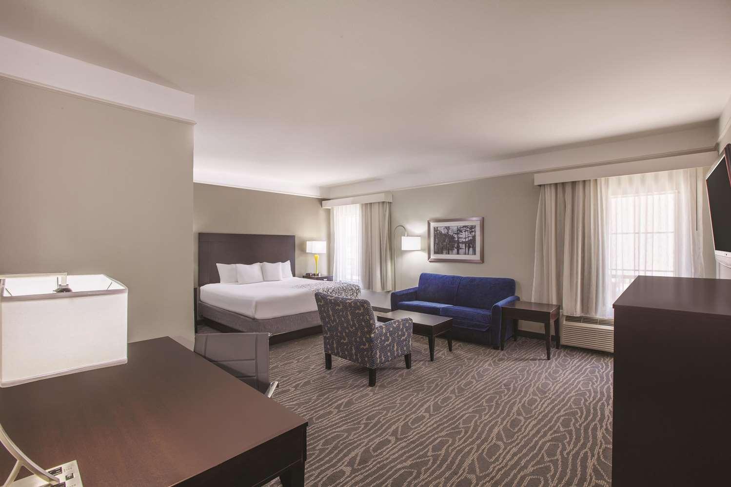 Suite - La Quinta Inn & Suites Lake Charles