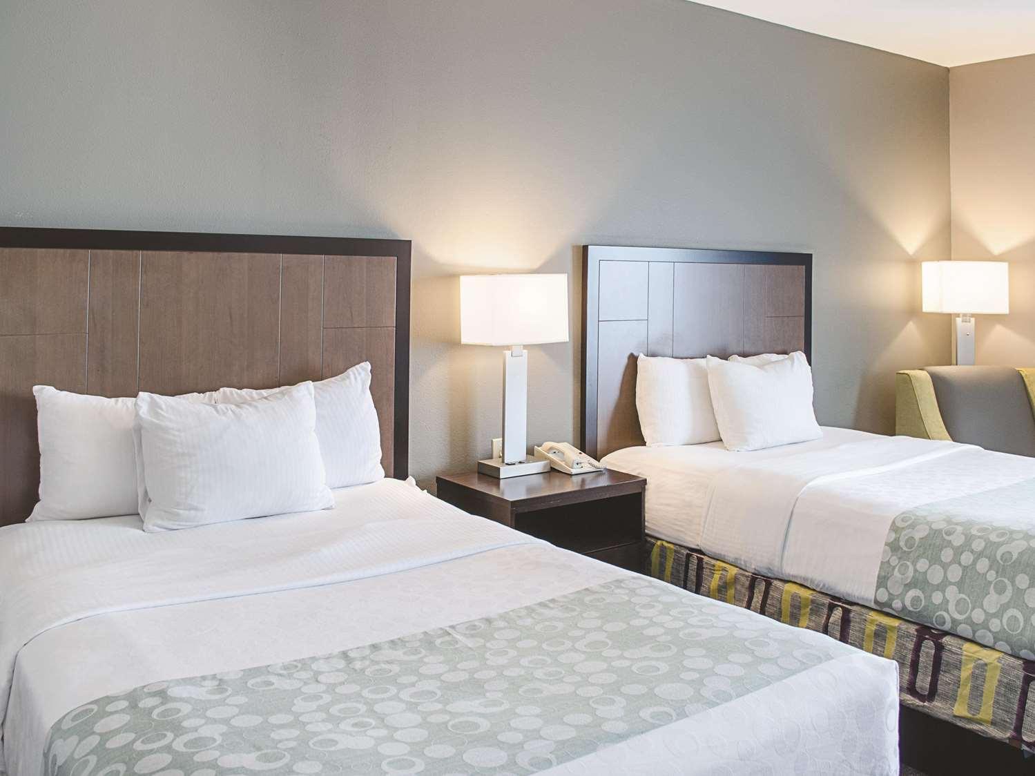 Room - La Quinta Inn & Suites Biloxi