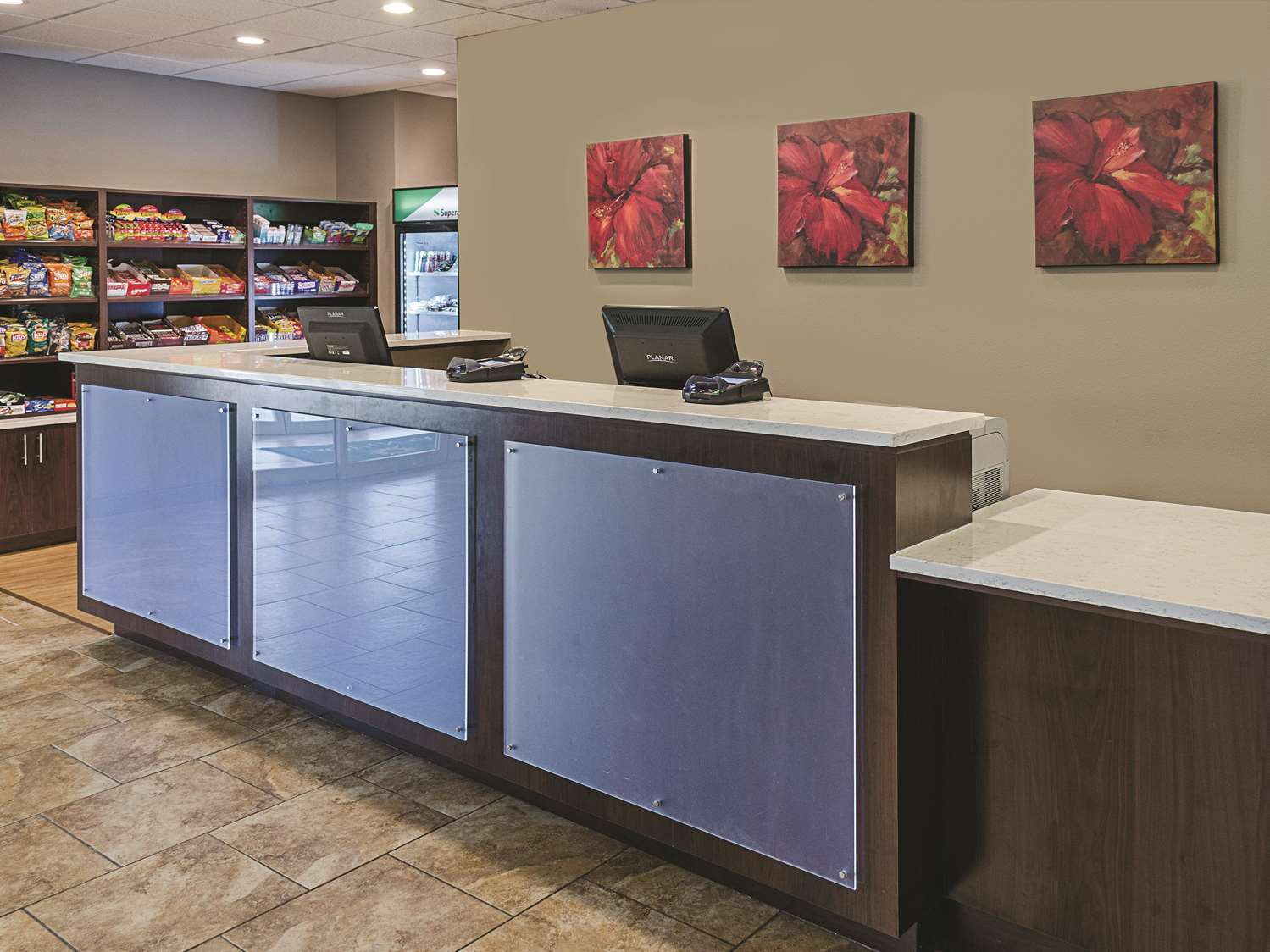 Lobby - La Quinta Inn & Suites Biloxi