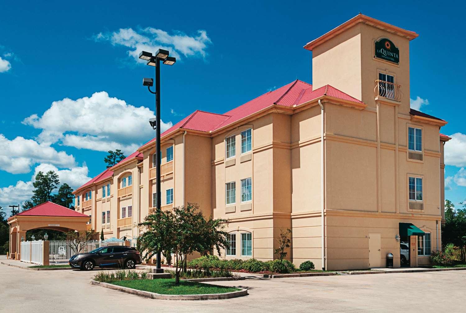 Exterior view - La Quinta Inn & Suites Slidell
