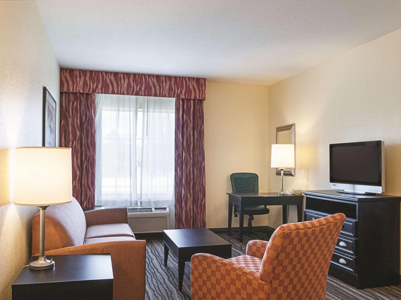 Suite - La Quinta Inn & Suites Slidell