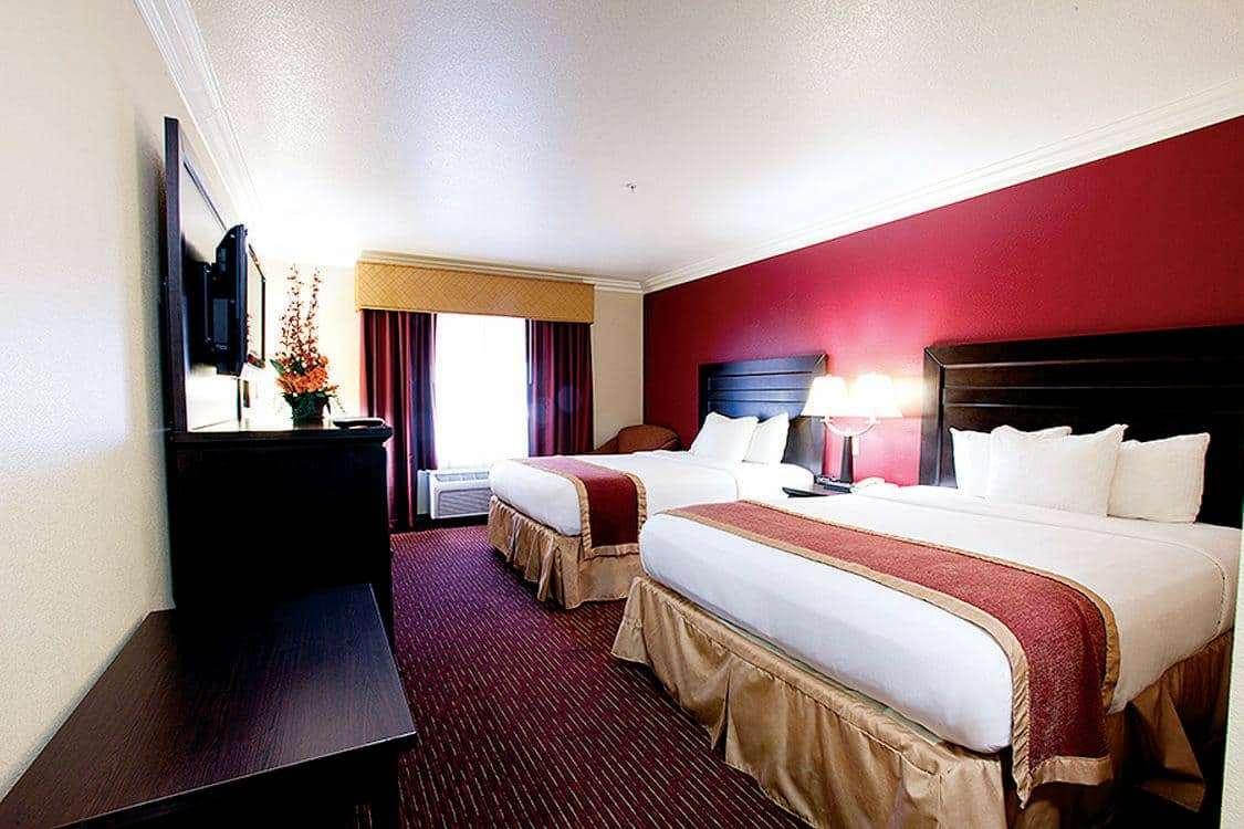 Room - La Quinta Inn & Suites Temecula