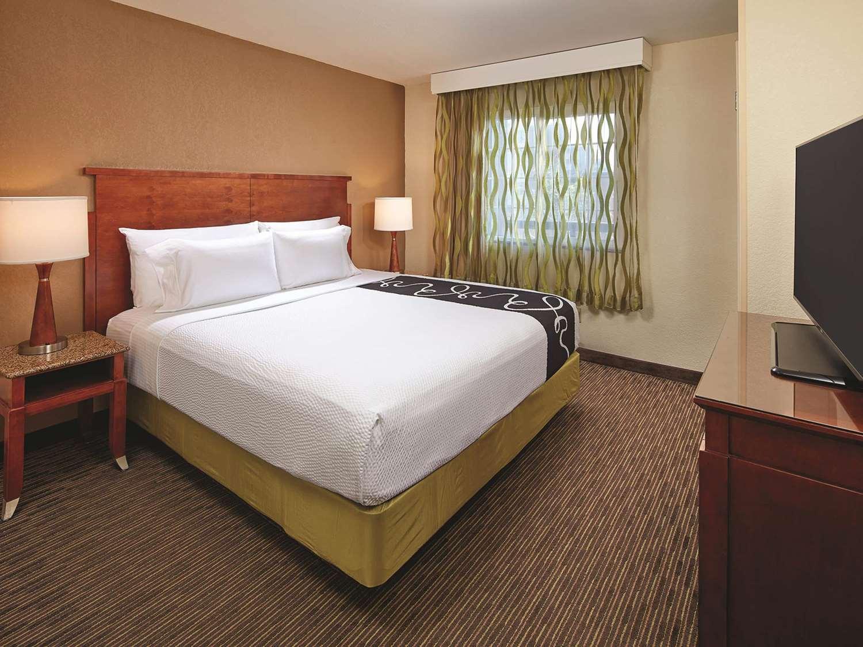Suite - La Quinta Inn Mission Valley San Diego
