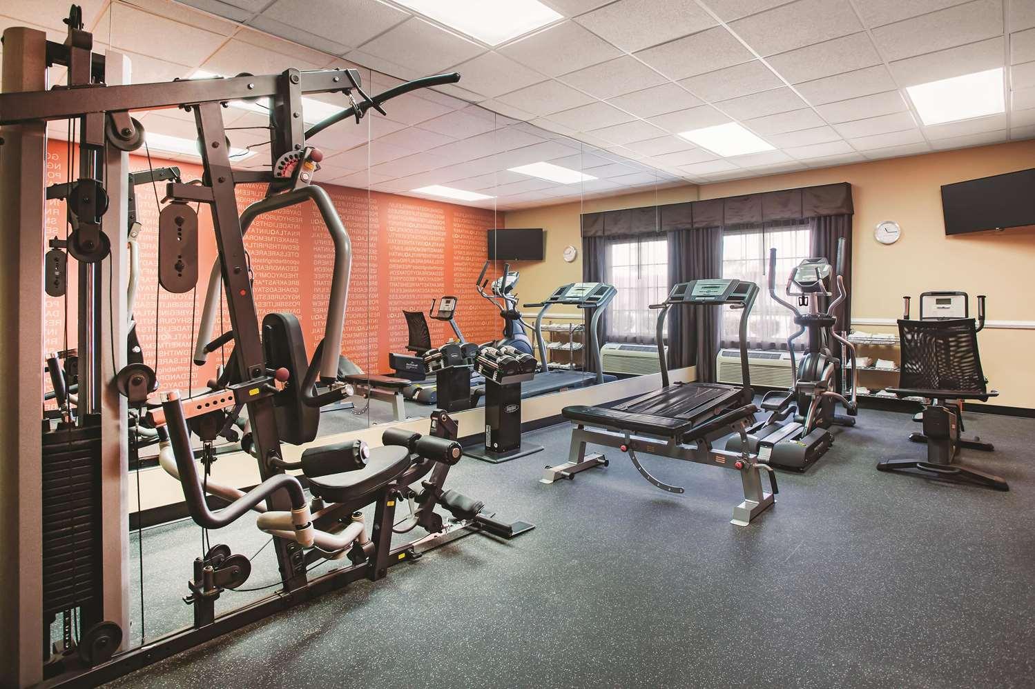 Fitness/ Exercise Room - La Quinta Inn Kingsland