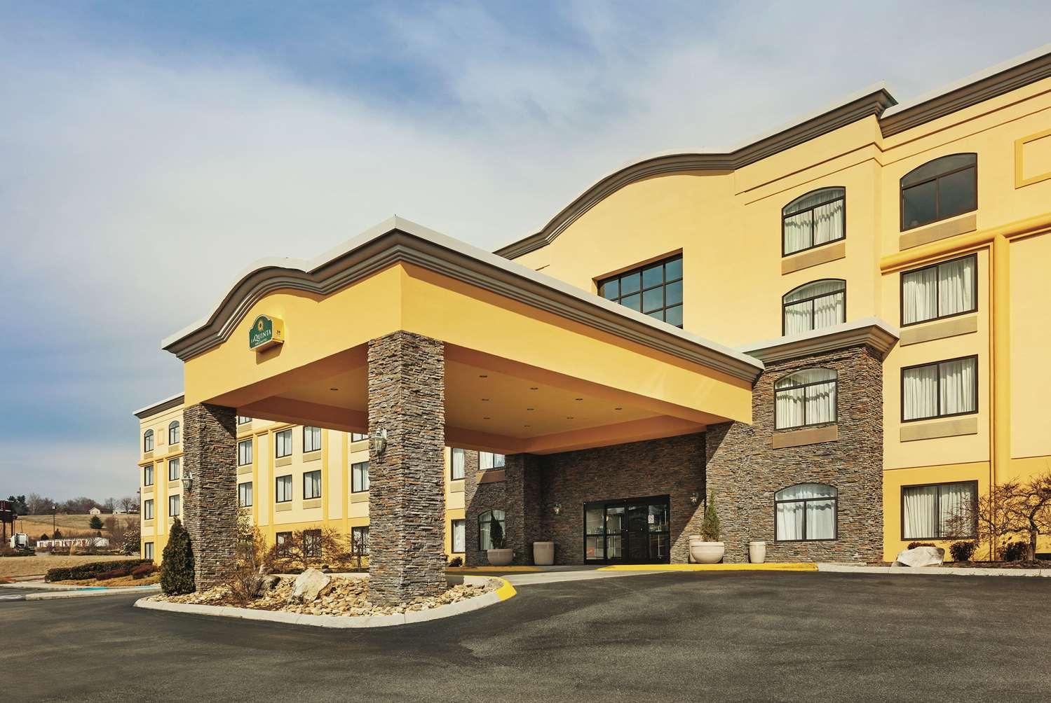 Exterior view - La Quinta Inn & Suites Sevierville