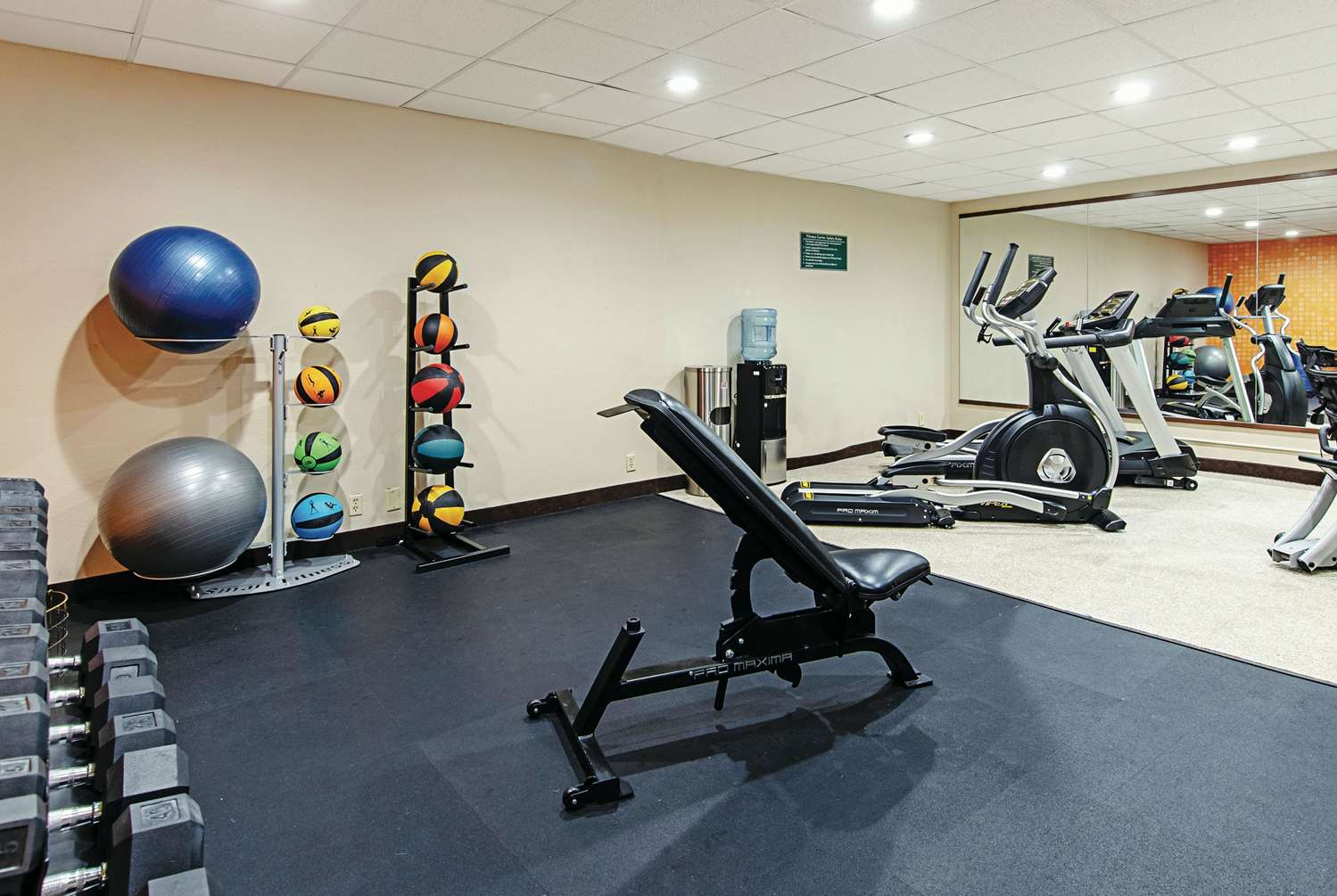 Fitness/ Exercise Room - La Quinta Inn Wytheville