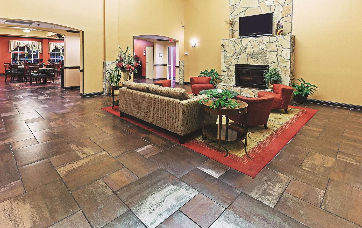 Lobby - La Quinta Inn & Suites Eastland