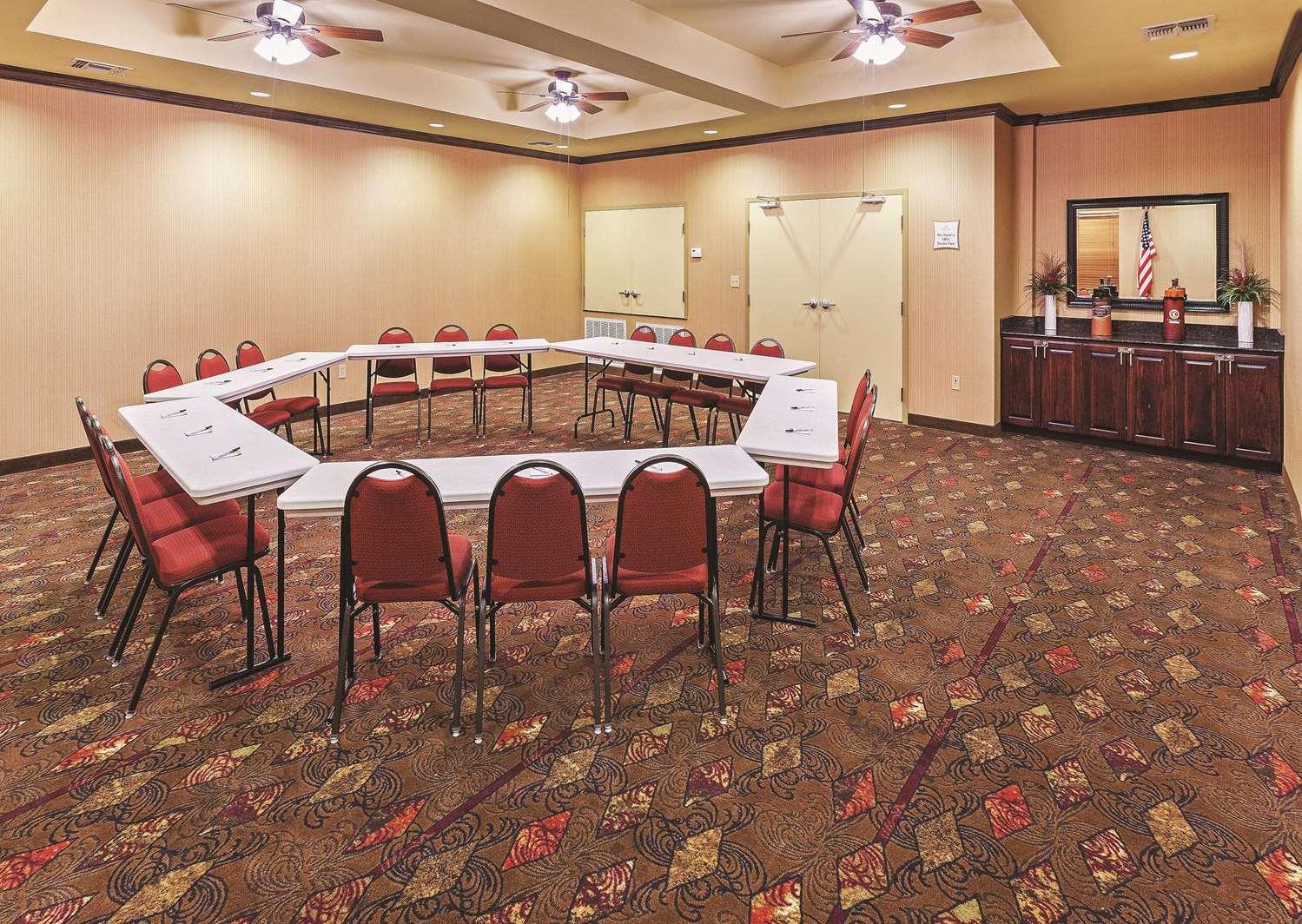 Meeting Facilities - La Quinta Inn & Suites Eastland