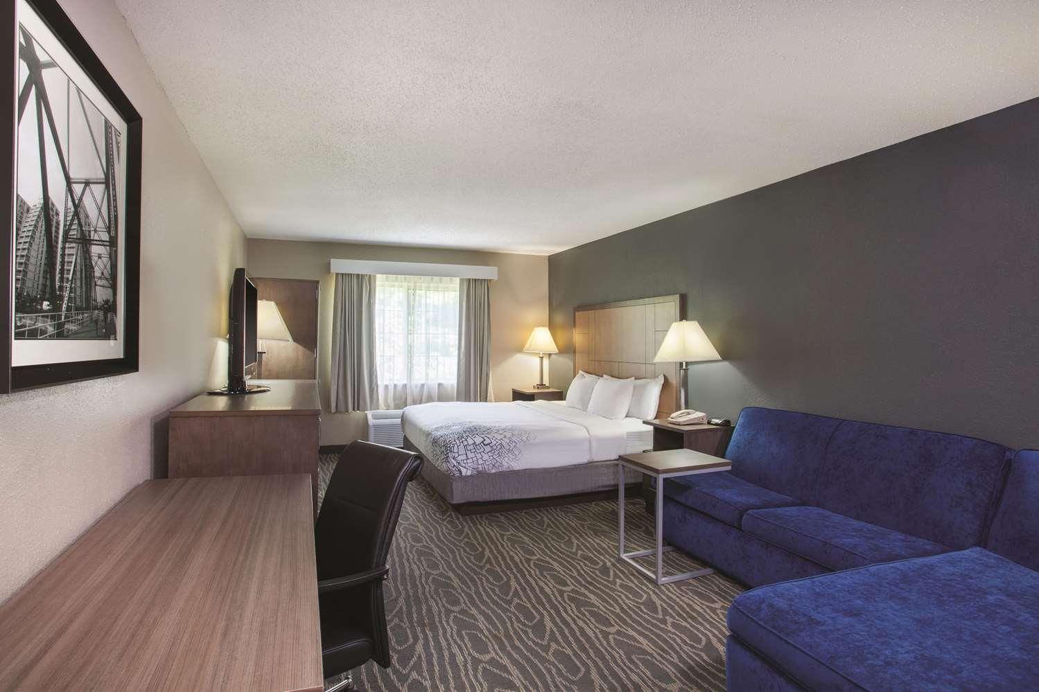 Suite - La Quinta Inn South Richmond