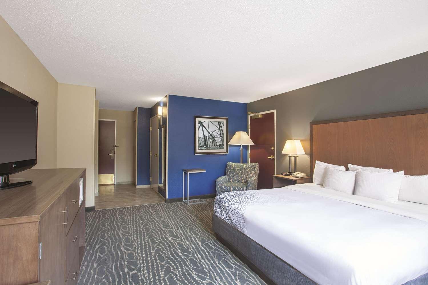 Room - La Quinta Inn South Richmond
