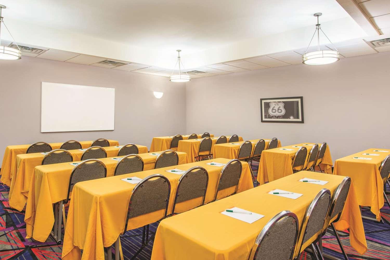 Meeting Facilities - La Quinta Inn & Suites Airport Tulsa