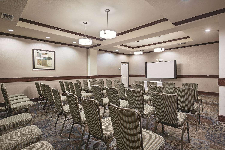Meeting Facilities - La Quinta Inn & Suites Euless