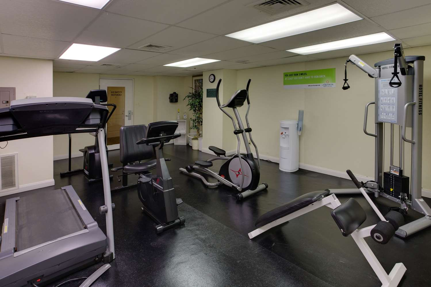 Fitness/ Exercise Room - La Quinta Inn Airport San Jose
