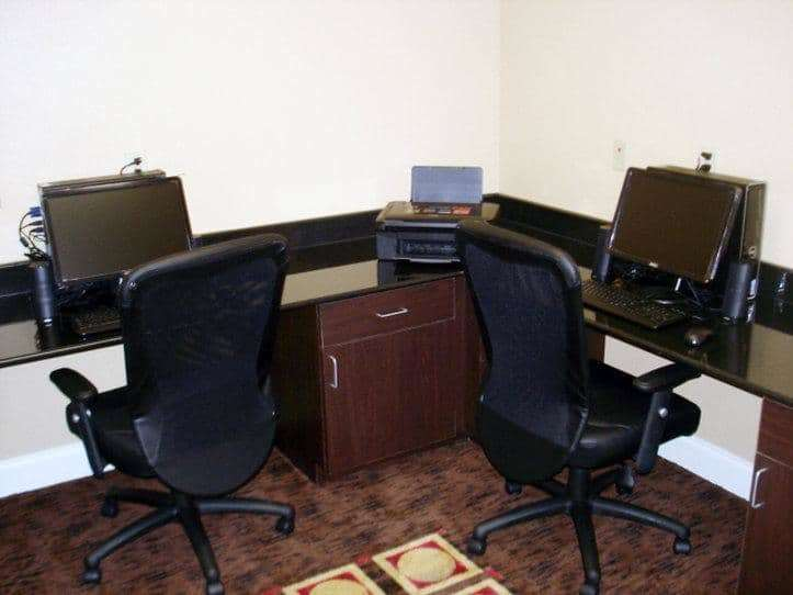 Conference Area - La Quinta Inn & Suites West Macon