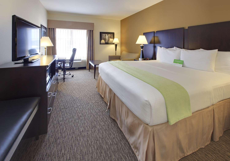 Room - La Quinta Inn & Suites Wolfchase Memphis