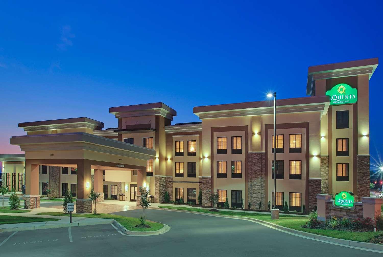 Exterior view - La Quinta Inn & Suites Wolfchase Memphis