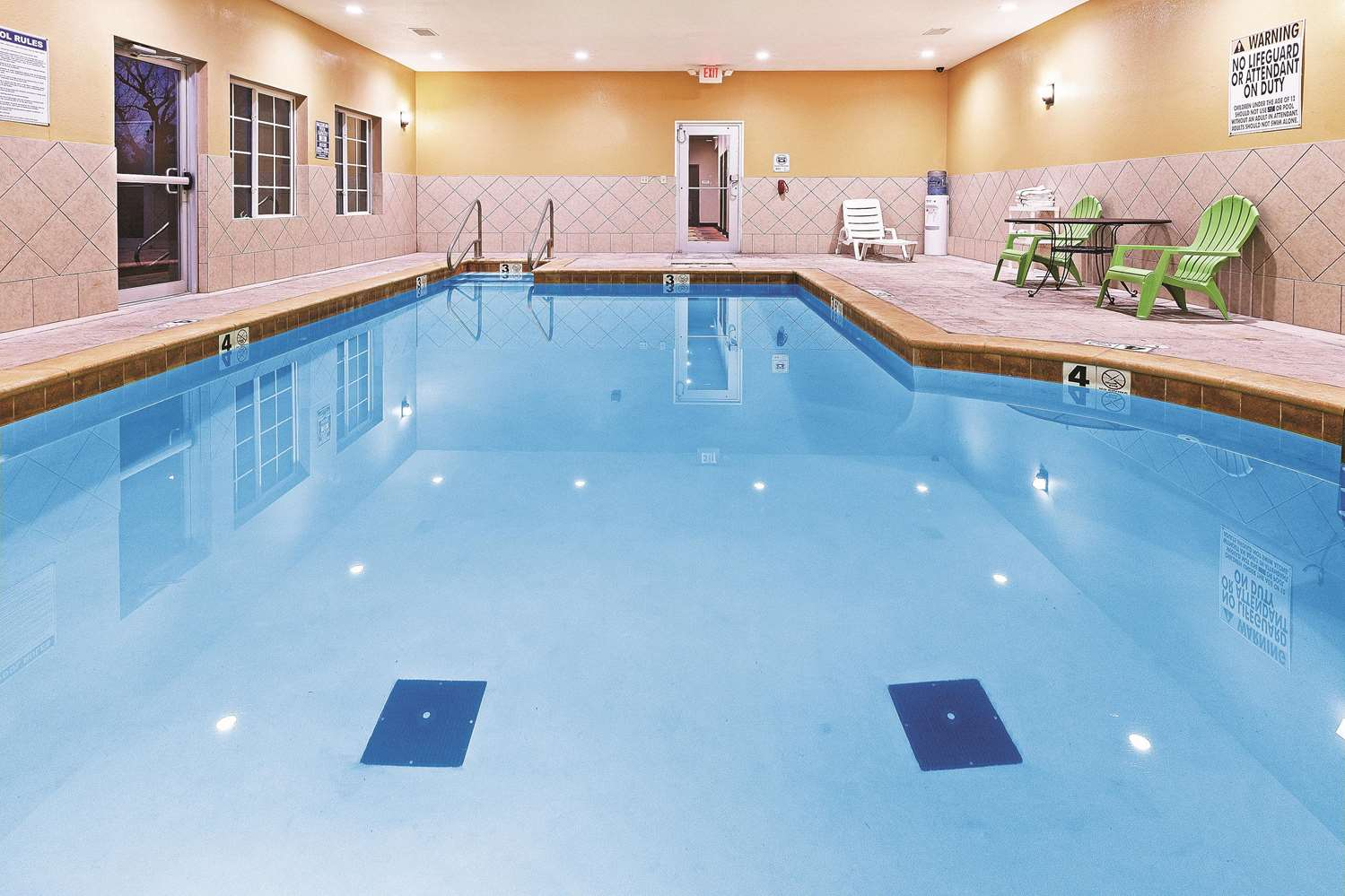 Pool - La Quinta Inn & Suites McAlester