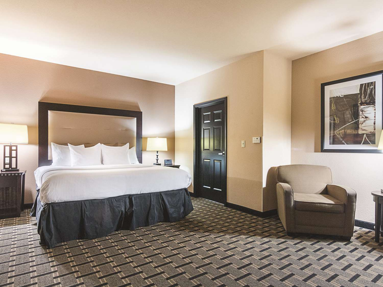 Suite - La Quinta Inn & Suites Mt Pleasant