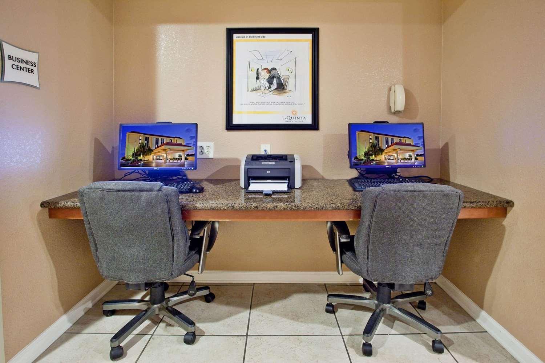 Conference Area - La Quinta Inn & Suites Memphis