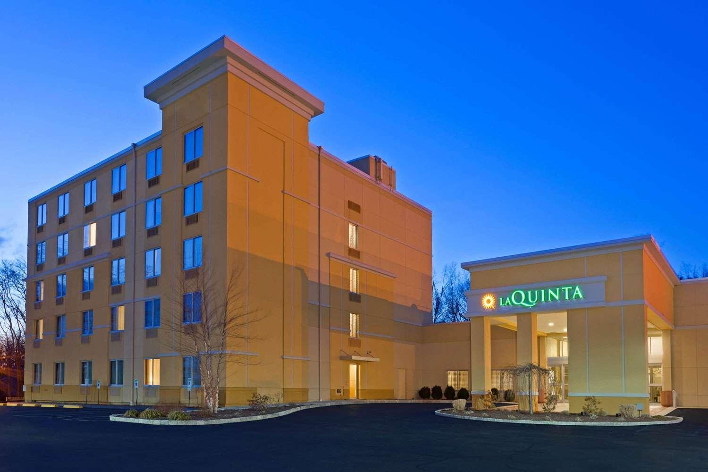 Exterior view - La Quinta Inn & Suites Danbury