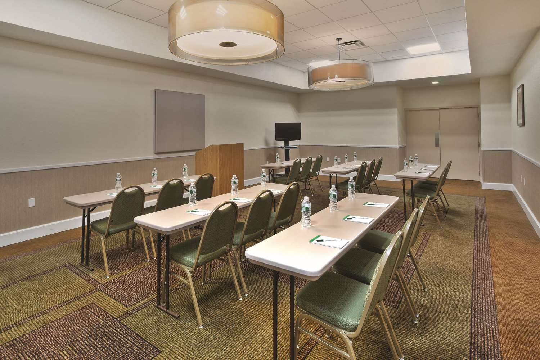 Meeting Facilities - La Quinta Inn & Suites Danbury