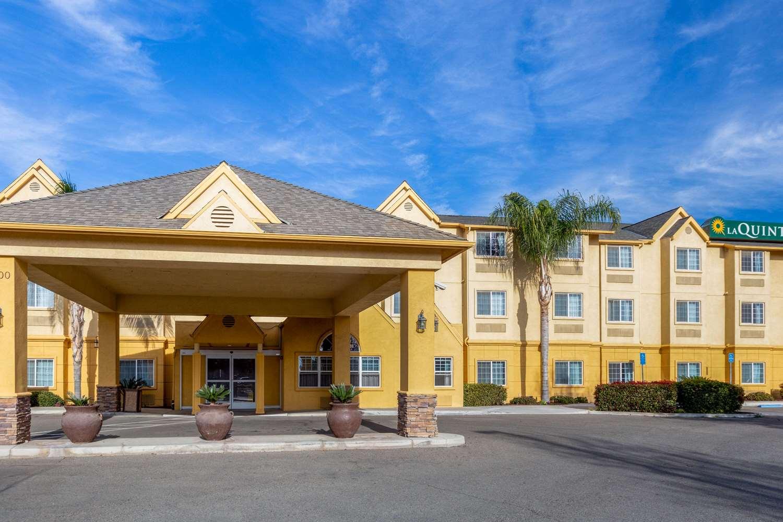 Exterior view - La Quinta Inn & Suites Tulare