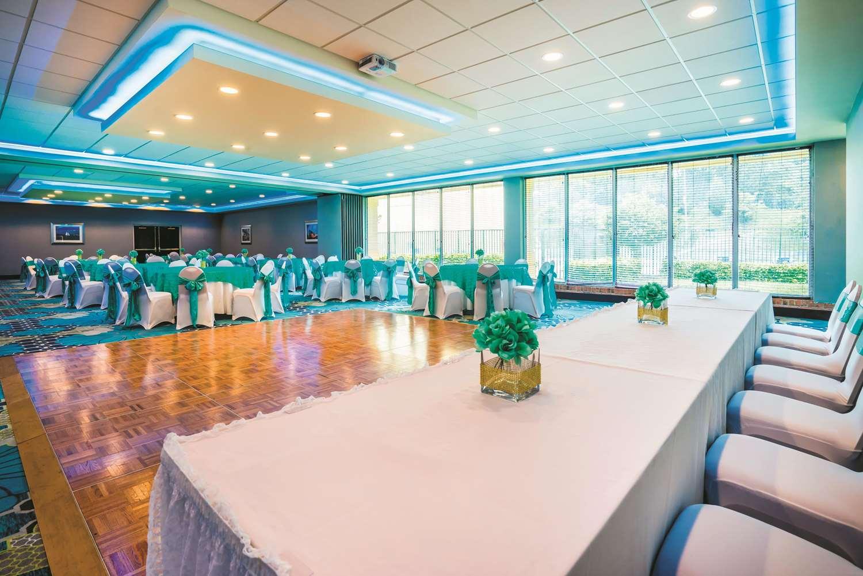 Meeting Facilities - La Quinta Inn & Suites Glen Burnie
