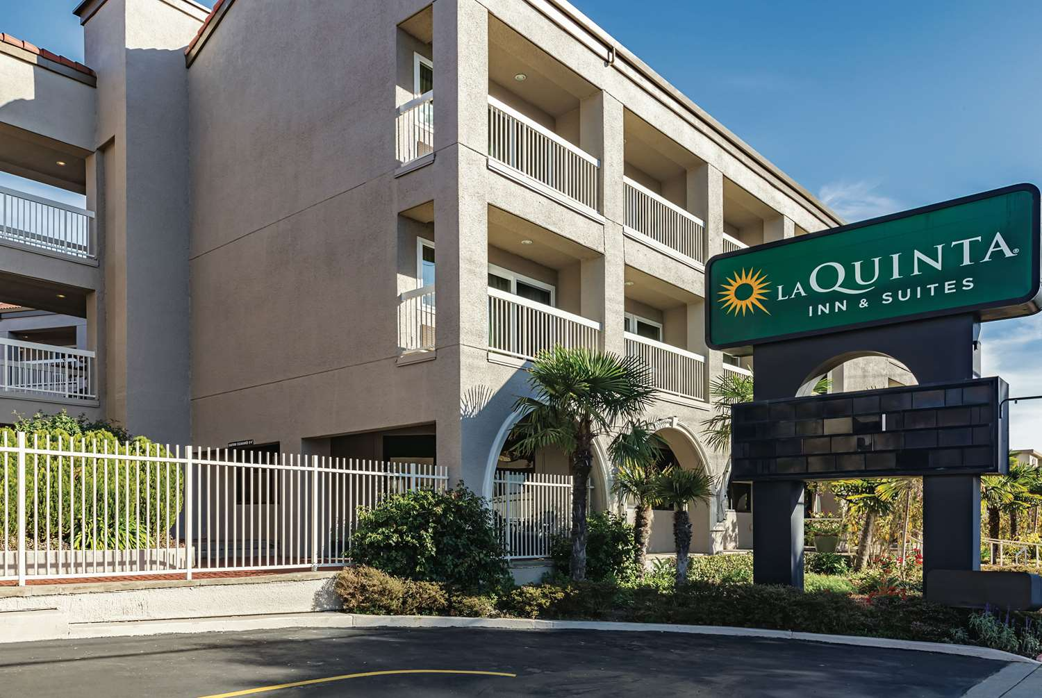 Exterior view - La Quinta Inn & Suites SFO Airport West Millbrae