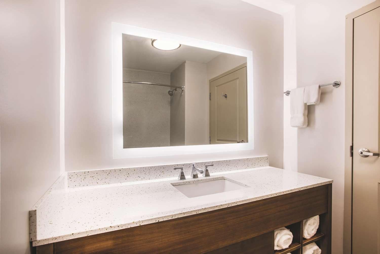 Suite - La Quinta Inn & Suites Chambersburg