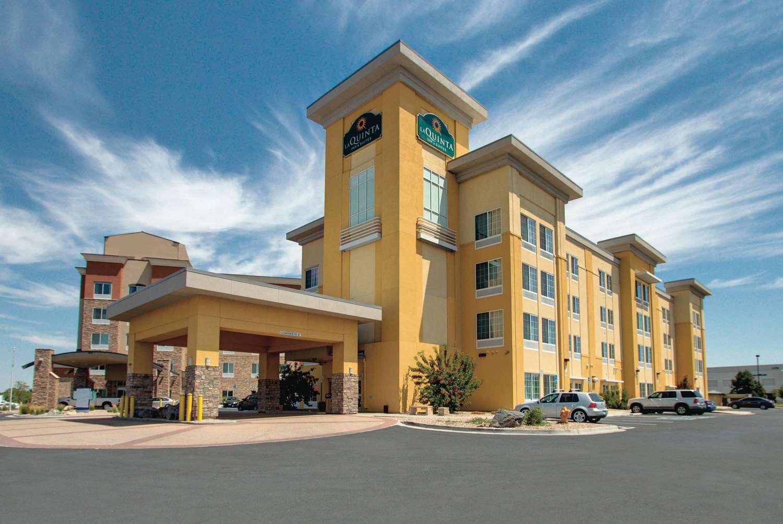 Exterior view - La Quinta Inn & Suites Gateway Park Denver