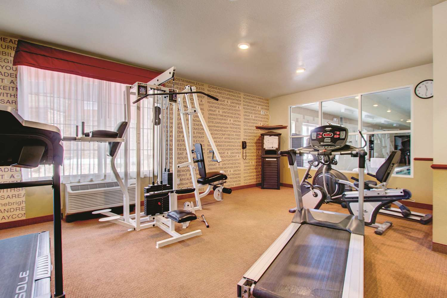 Fitness/ Exercise Room - La Quinta Inn & Suites Gateway Park Denver