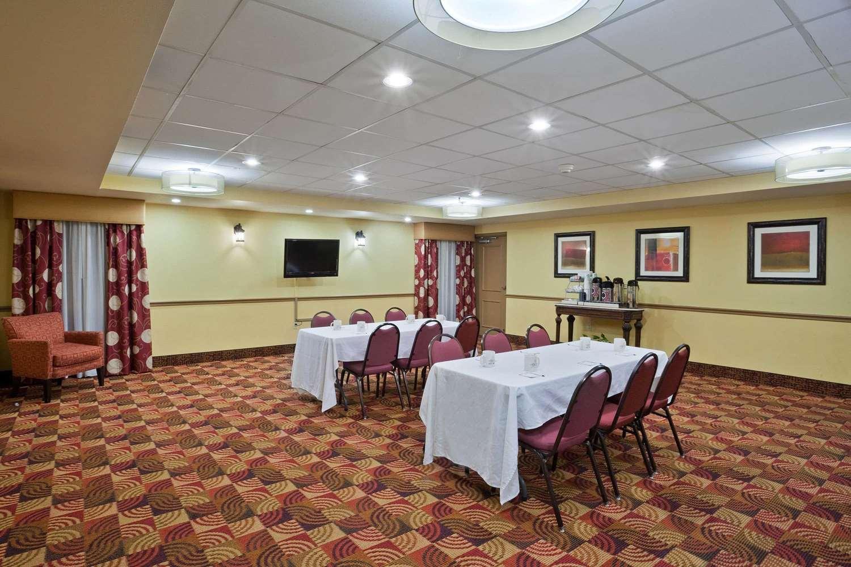 Meeting Facilities - La Quinta Inn & Suites Salina